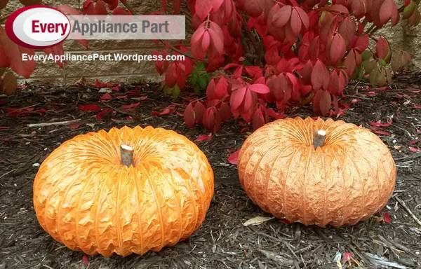 Dryer vent pumpkin craft for Fall,  Halloween and Thanksgiving.