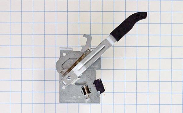 GE Oven Door Latch Part Number: WB14T10092